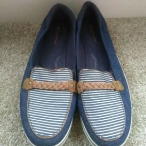 GUC pair of Denim Loafers (Size 8.5 Women's)